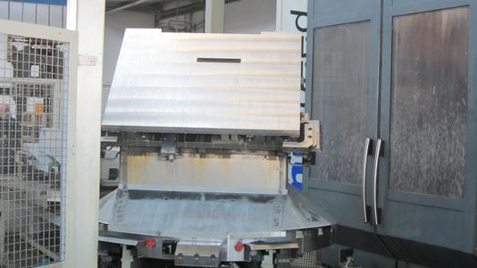 Fünf Varianten der Tischplatten für die Formatkreissägen, die das Unternehmen in die ganze Welt verkauft, fertigt Martin in Stückzahlen zwischen 300 und 1000 pro Jahr.