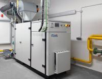 Die neuste Entwicklung von YADOS: Das YADO-KWK-EG50-Blockheizkraftwerk mit 50kw Leistung und optionaler Wärme-Auskopplung