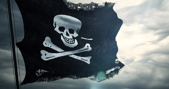 Piratenflagge (@Shutterstock/donfiore)
