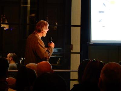 Vortragender ist Prof. Thole (Hochschule für nachhaltige Entwicklung) © Präsenzstelle Schwedt | Uckermark