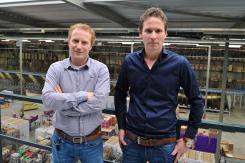 Nelson's Logistics Manager Hans van Es, und IT Manager Ivo Flierman