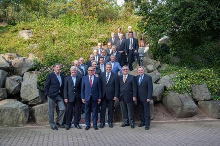 GLS Germany Gruppenfoto Altgesellschaftertreffen