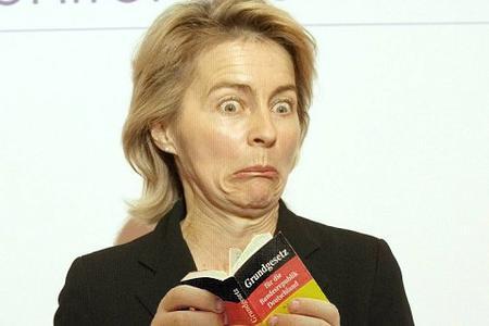 Ursula von der Leyen dürfte sich auch über die geringe Berichterstattung zu ihrem Rentenplänen wundern (Foto: x0801/Flickr.com)