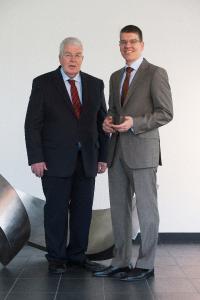 The MAPAL senior management: Dr. Dieter Kress (president) and Dr. Jochen Kress