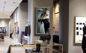 Moderne Shopping-Experience vor Ort