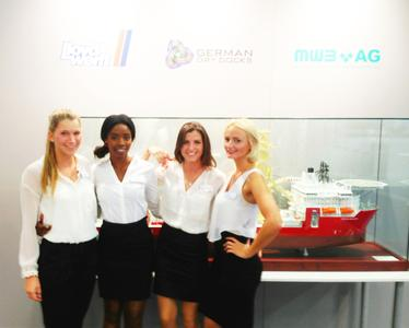Interpret GmbH - Messehostessen Team SMM Hamburg 2014 German Dry Docks   Valentina J., Nancy P., Liberta H. und Ewi R.