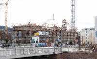 Bedingt durch die Corona-Pandemie musste der ursprünglich für den Baubeginn im März 2020 geplante Festakt verschoben werden. Die Fertigstellung der Gebäude ist für das Frühjahr 2022 geplant.