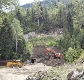 Mine Kenville: Erste Abtragungsarbeiten im Bereich des 257-Portals