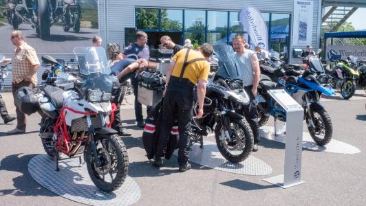 How many Wunderlich components are there in this BMW GS? There were 219!