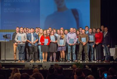 Die IHK Heilbronn-Franken ehrt im Kurhaus Bad Mergentheim erfolgreiche Prüfungsabsolventen der Aus- und Weiterbildung des Main-Tauber-Kreises / Foto: Jonathan Trappe