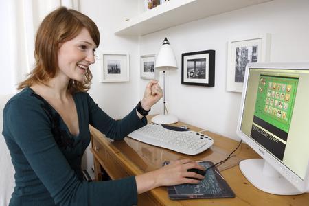 Casual Games sind es, was Frauen wollen: Warum das so ist, haben nun Wissenschaftler der TU Chemnitz zusammen mit King.com herausgefunden.