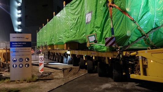 Schwergutspezialisten der BLG für Kraftwerksbau in Berlin