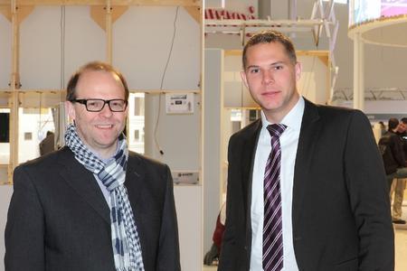 Andreas Kerkmann, Kühne + Nagel Expo Service Niederlassungsleiter Hannover und Oliver Hoffmann von STILL (v.l.n.r.)