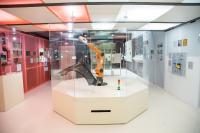 Artec Eva auf einem Roboterarm von KUKA 1