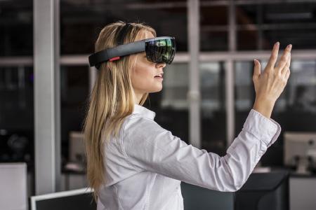 Realer Blick in virtuelle Welten: Ein Thementag mit rund 40 Vorträgen gibt Einblick in digitale Technologien und zeigt deren immense Bedeutung auf