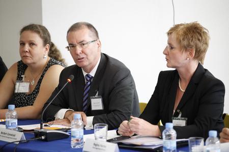 Fachkräfte Barcelona Teilnehmer Runder Tisch