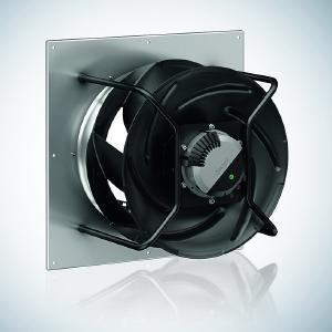 Die neuen RadiCal Ventilatoren für den Einsatz in Präzisionsklimageräten liefern mehr Volumenstrom bei gleichem Außendurchmesser.