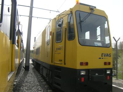 A railgrinder belonging to VIA Verkehrsgesellschaft  © Vossloh Kiepe