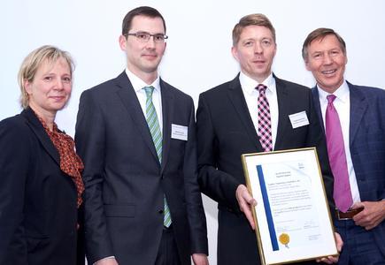 Aufgrund der erfolgreichen, partnerschaftlichen und kundenorientierten Zusammenarbeit mit Nestlé landete Pöppelmann FAMAC® unter den Top 20 bei der Auszeichnung des Nestlé Supplier Awards