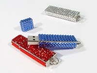 USB-Sticks made with CRYSTALLIZED™ – Swarovski Elements