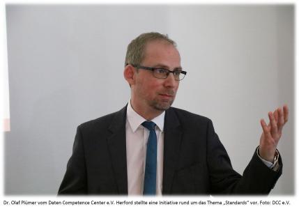 Dr. Olaf Plümer (DCC)