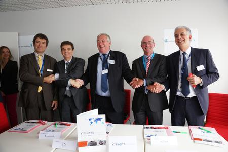 New E-HOTS support partnership combines the expertise of Eurocopter, DAHER, DCI, Eurotradia and Vector Aerospace  © Copyright Eurocopter Jerome Deulin