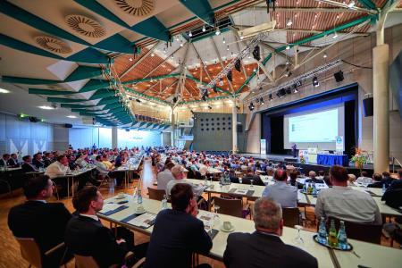 Zum 15. Mal veranstaltet die Anwendervereinigung HYDRA Users Group (HUG) vom 19. bis 20. September 2019 in der Stadthalle in Hockenheim ihre Jahrestagung (Bildquelle: MPDV)