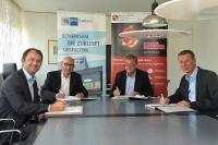 Das Foto zeigt von links nach rechts: Dr. Dirk Werth, Dr. Hanno Dornseifer, Christoph Lang, Prof. Dr. Rainer Müller  Quelle: BeckerBredel