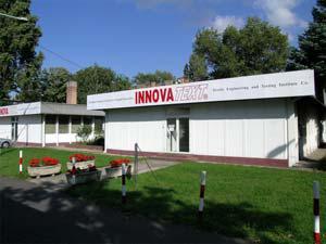 INNOVATEXT ist in Ungarn und seinen Nachbarländern derzeit das einzige nach EN ISO 17025 akkreditierte Prüflabor. Insgesamt sind mehr als 200 verschiedene chemische und physikalische Analysen möglich