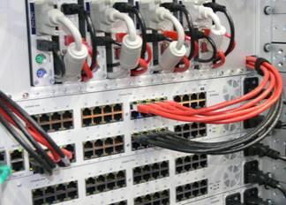Der DVICenter DP64 eingebaut im Rack