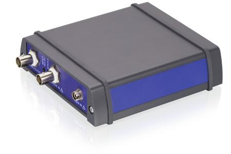 The F-712.PM1 optical power meter converts optical signals in a wavelength range from 400 nm - 1550 nm with high resolution and an extremely high bandwidth into a voltage signal