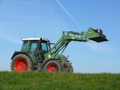 LAND-DATA Unternehmensanalyse: Kennzahlen für erfolgreiches Management in der Landwirtschaft
