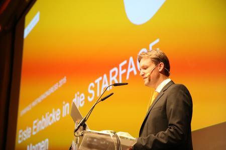 Den Abschluss des Partnerkongresses bildete der traditionelle, ausführliche Ausblick auf die STARFACE von Morgen durch Geschäftsführer Florian Buzin