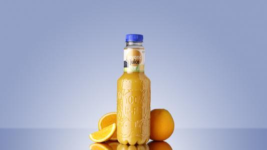 """Dank der FreshSafe-PET®-Barrierelösung bietet """"Beyond Juice"""" einen hohen Produkt- und Frischeschutz für sensible Getränke."""