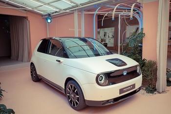 "Honda präsentiert den ""e Prototype"" in Mailand"
