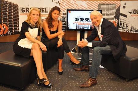Birgit von Heintze, Innenarchitektin Birgit von Heintze, Innenarchitektin Anna von Griesheim, Modedesignerin Anna von Griesheim, Modedesignerin Jo Groebel, Moderater (v.l.)