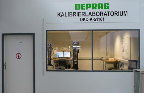 Der Schraubtechnikexperte DEPRAG SCHULZ GMBH u. CO. erhält die Akkreditierung zum DKD-Kalibrierlabor 1