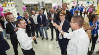 Faurecia begrüßt 3.400 Gäste beim Familienfest und setzt ein starkes Signal für die saubere Automobilzukunft