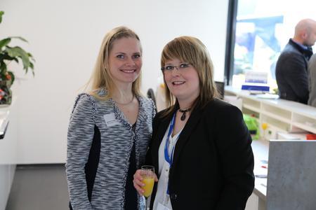 Sandra Lohse (Ferrari electronic) und Jessica Weber (Mattern Consult)