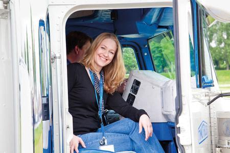 Mitarbeiter der TimoCom erhalten seit zwei Jahren Einblicke in den Berufsalltag von LKW-Fahrern