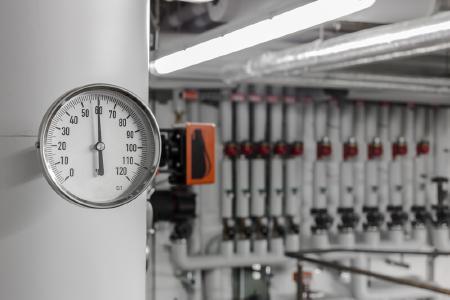 Das Förderprogramm zur Heizungsoptimierung durch hocheffiziente Pumpen und hydraulischen Abgleich startete am 1. August 2016. (Quelle: www.matthiasbuehner.de / Fotolia.com)