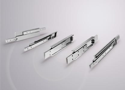 Die robusten Hegra Rail Teleskopschienen können flexibel und kurzfristig in vielen Varianten gefertigt werden