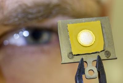 Mikro-Nanotechnologie kann man an der TU Ilmenau lernen (© TU Ilmenau)