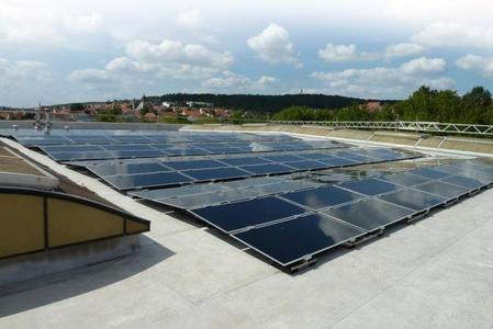 PlanTec, Jurchens neues PV‐Montagesystem für Flachdächer