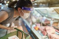 Optimaler Durchblick: Hersteller von Kunststoffvisieren verlassen sich auch in der Corona-Krise auf Schutzfolien von POLIFILM PROTECTION