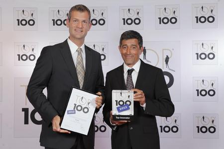 Dr. Markus Beforth, Vorstand der HQ LIFE AG, erhält die Auszeichnung TOP 100 von Mentor Ranga Yogeshwar