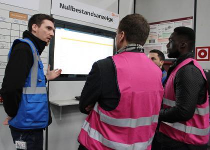 Bei dem Kooperationsprojekt der ELSEN Logistik GmbH und der Hochschule Koblenz galt es, den Umpack- und Kommissionierbereich auf Optimierungs- und Digitalisierungspotenzial zu überprüfen (Foto: ELSEN)