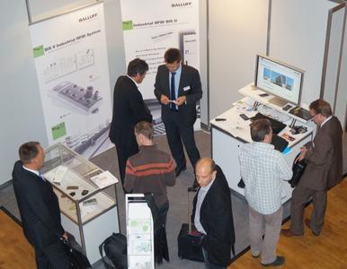 Wie schon auf dem RFID-Kongress 2013 wird Balluff auch 2014 umfassend zu den Möglichkeiten des RFID-Einsatzes informieren: Mit einem Vortrag auf dem Developer Day, SpeedLabs zu RFID-Komplettlösungen und einem Stand in der Ausstellung.