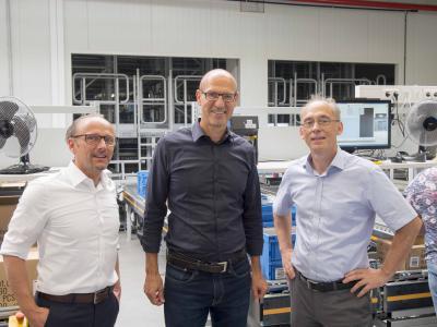 Inhaber und Geschäftsführer Herr Axel Dostmann (Mitte) zusammen mit Herrn Hanke (rechts) und Herrn Ahnemann, beide KBU Logistik