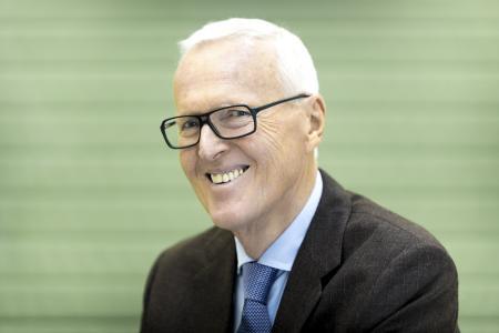 Dietmar Harting, Vorstand HARTING Technologiegruppe und Ehrenmitglied des Ausstellerbeirats der HANNOVER MESSE. Geehrt wurde Dietmar Harting für seinen vielfältigen Einsatz mit der Niedersächsischen Verdienstmedaille (2004) und der Messe-Ehrenmedaille in Gold (2006)